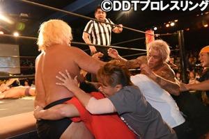 takayama-sakaguchi-brawl